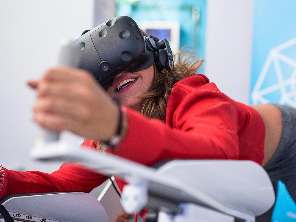 Attractions pilotage de drone en réalité virtuelle