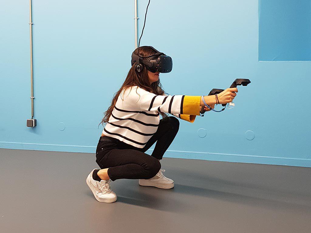 Joueur en réalité virtuelle